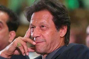 عمران خان با سیل زدگان ایرانی ابراز همدردی کرد