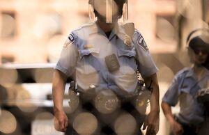 رفتار عادلانه پلیس آمریکا با نژادهای مختلف!