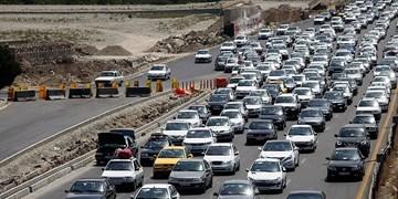 ترافیک سنگین در کندوان و تعدد خودرو در هراز/فعالیت 2224 دستگاه ترددشمار